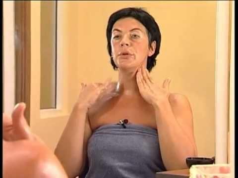 Самомассаж лица. Показывает Елена Земскова.