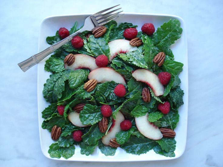 Baby Kale Raspberry Salad with Nectarine Balsamic Dressing is so delicious!