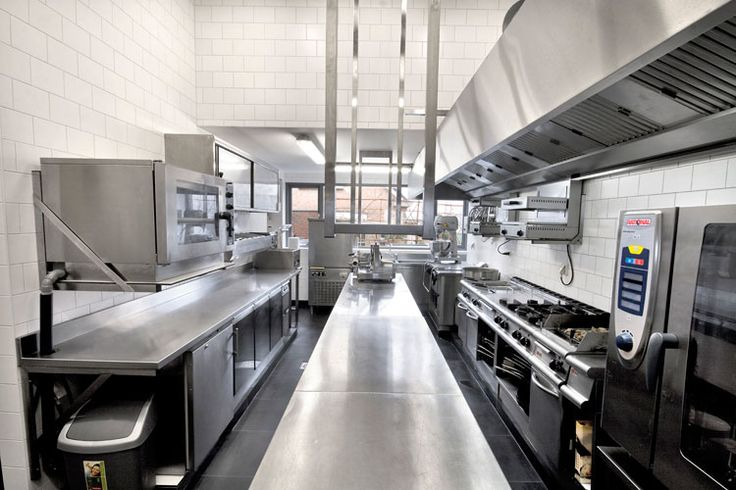 Commercial Kitchen design layout commercial kitchen design industrial and residential size stainless steel tile STAINLESS STEEL BACKSPLASH Modern, Contemporary Kitchen Look www.stainlesssteeltile.com