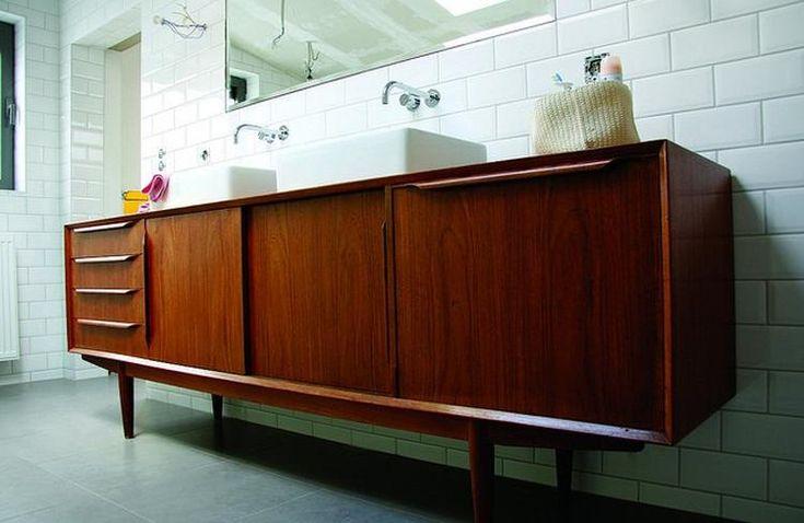 Bekijk de foto van brendakok met als titel retro kast als badkamermeubel en andere inspirerende plaatjes op Welke.nl.