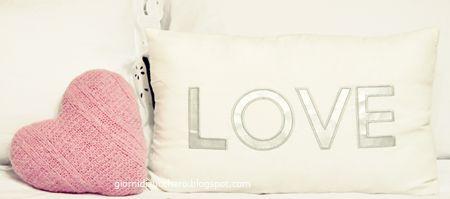 love, da cuscino a cuore  DIY on http://ourcreativebox.blogspot.it/2014/10/diy-da-maglione-cuscino.html