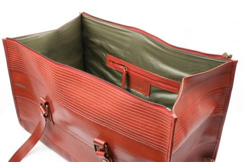 overnight bag Elvis & Kresse London - made from genuine decommissioned fire-hose