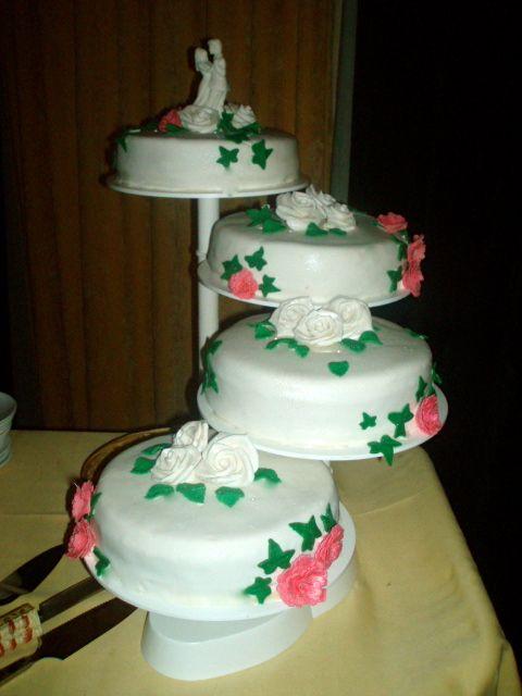 Bruidstaart 'rozen en anjers'