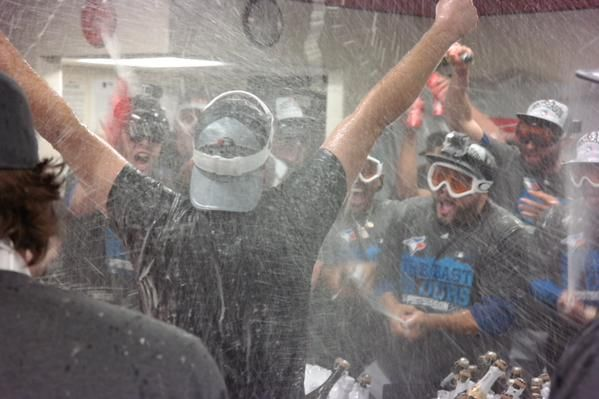 Blue Jays clinch first AL East title in 22 years