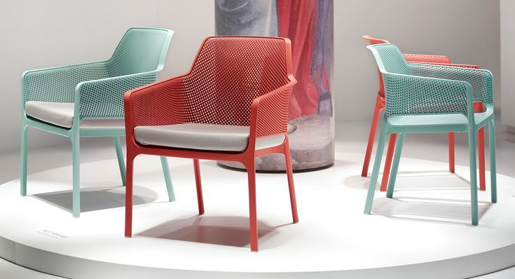 Nardi NET, #perfectshapes for an enveloping armchair and a brand-new idea of #comfort at your #outdoor space.