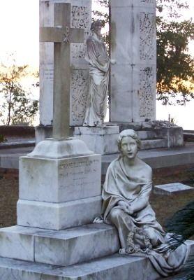 Bonaventure Cemetery - Savannah, Georgia Attractions: Bonaventure Cemetery Photographs - Alexander Robert Lawton Gravesite