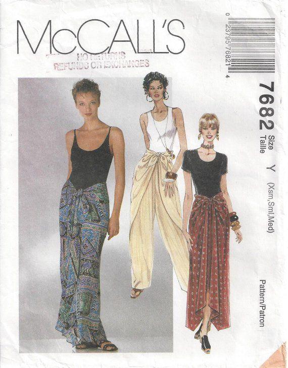 Bavnah Womens Floral Printed Sarong Style Shorts