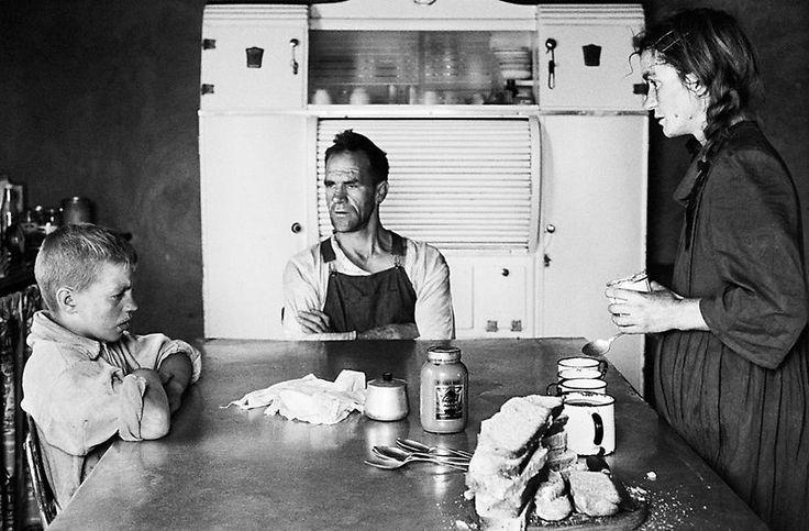 David Goldblatt - A PLOT-HOLDER, HIS WIFE AND THEIR ELDEST SON AT LUNCH, WHEATLANDS, RANDFONTEIN - SEPTEMBER 1962
