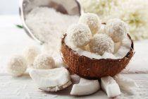 lemon-and-coconut-chia-ball