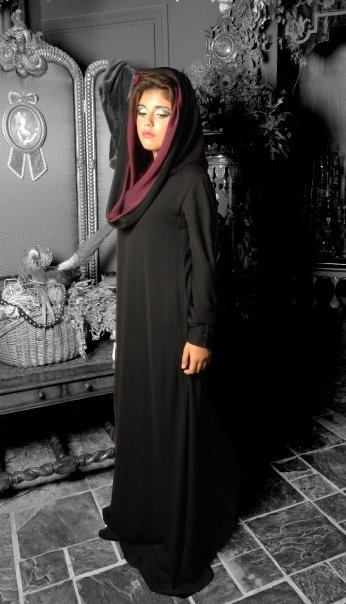 want this abaya. wear amira under