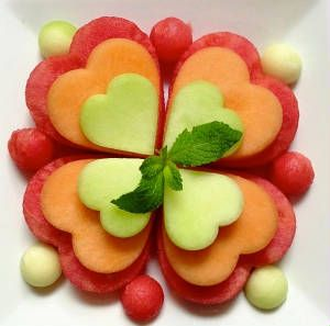 Great site with a lot of ideas for food art!