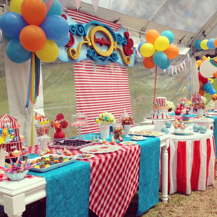 Candy Table - Mesa de Dulces By MY Group Eventos