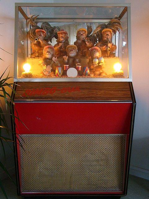 De aapjesautomaat, bij de V&D....