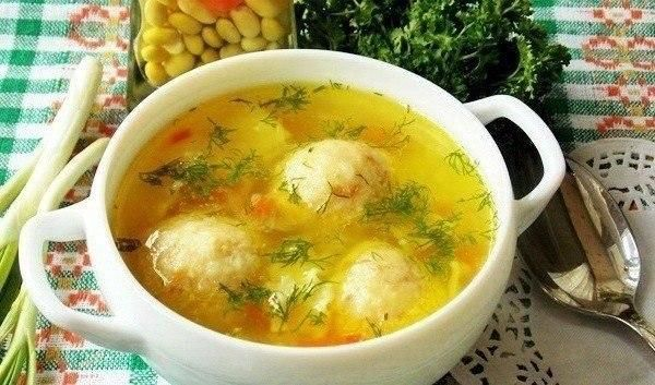 Soup with cheese balls