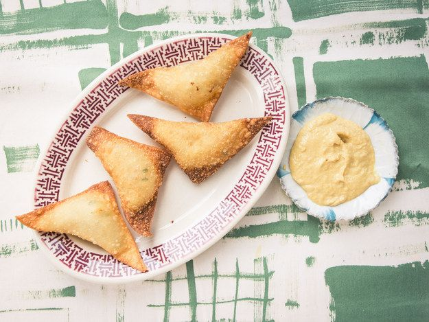 Crab Rangoon | 19 Recipes For People Obsessed With Melted Cheese