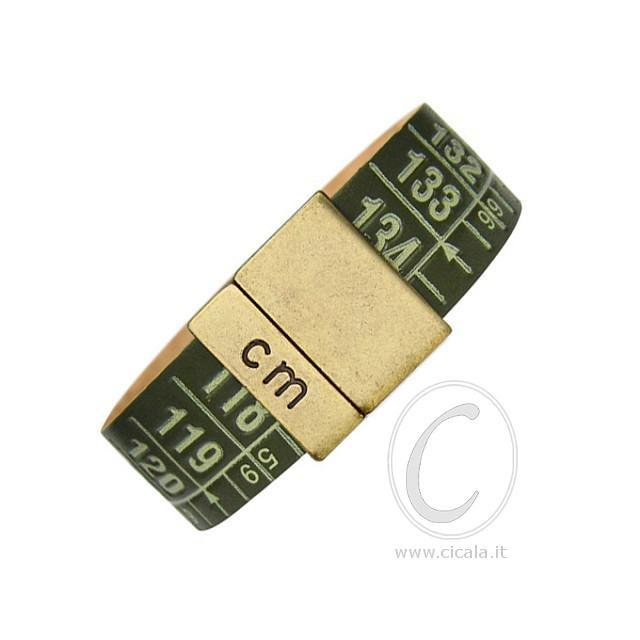 Brand: Il Centimetro. Design: centimeter bracelet - Cuba Green color - in leather with magnet closure! Italian Design. €28,00 on www.cicala.it - Register for discount!