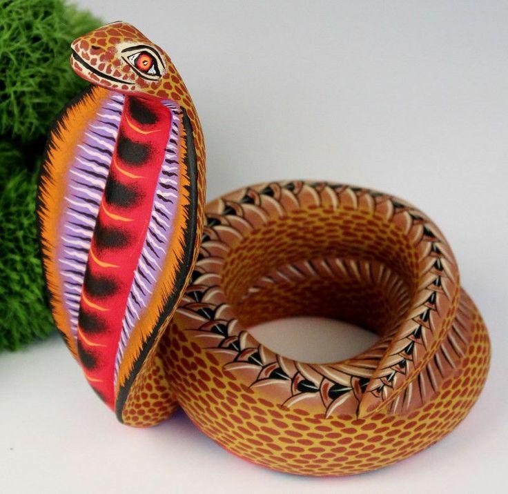Oaxacan wood carving eleazar morales cobra snake oaxaca