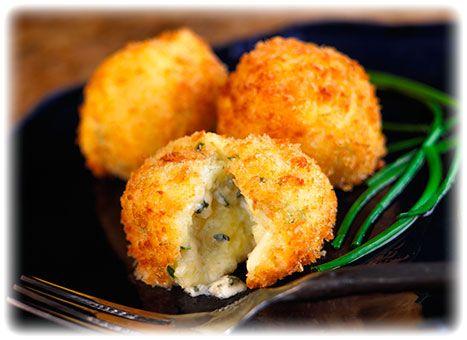 Crumbly Gorgonzola Golden Rice Ballshttp://www.belgioioso.com/Recipes/Crumbly-Gorgonzola-Recipes/Crumbly-Gorgonzola-Golden-Rice-Balls