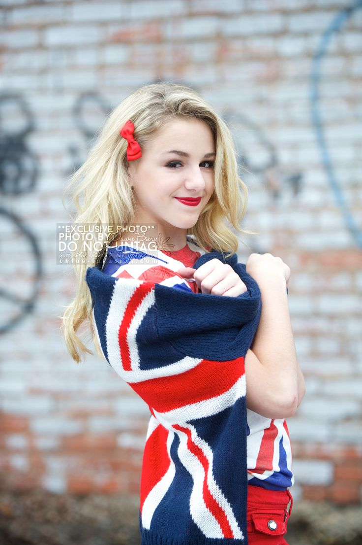 chloe lukasiak earnings