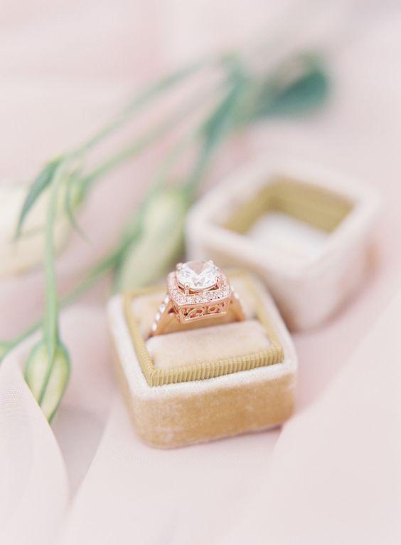 shine diamond spring wedding rings/ blush pink wedding rings/ elegant rose pink diamond engagement rings #weddingring