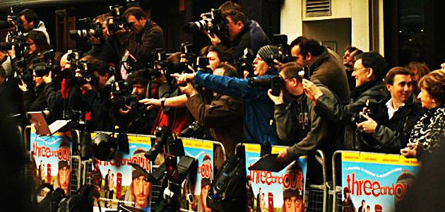 #53 Paparazzi zawód. aparazzi to przedziwne skrzyżowanie dróg fotografa i reportera. Zrobienie zdjęcia celebrycie może być sposobem(...)czytaj dalej: http://www.careego.pl/4069/paparazzi/