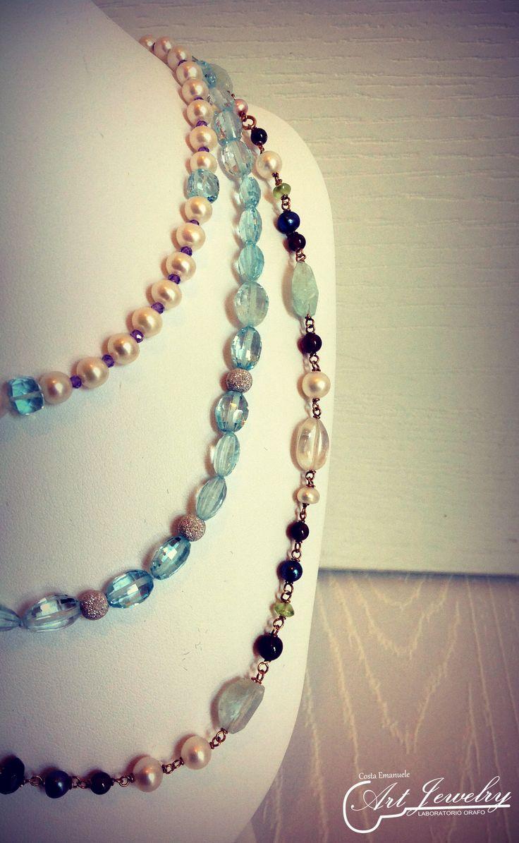 Collane | Necklace.  #artjewelry #jewellery #necklace #pearl #whitegold   https://www.facebook.com/gioiellicosta/ https://www.instagram.com/costaemanuele_artjewelry/  Photo: Noemi Barolo