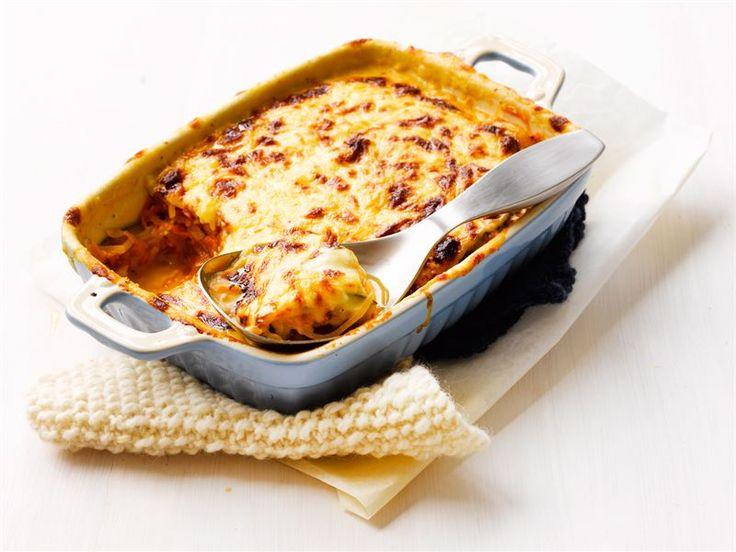 Maukas kasvisruoka, jossa lasagnelevyt korvataan kesäkurpitsaviipaleilla. Tarjoa pää- tai lisäkeruokana.