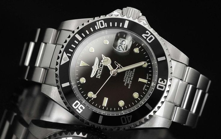 The Invicta 8926 is an automatic timepiece that offers both high quality and value. Visit us for an in-depth review.