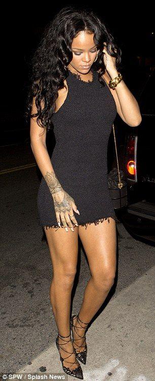 Looking toned: The 26-year-old displayed her lean and muscular figure #Rihanna #riri #badgalriri