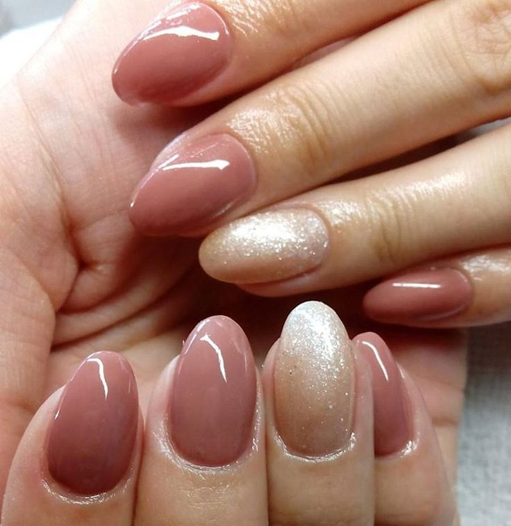 #_salonsalon #nailsbyninakovrlija #nokti #nails #nailart #beautifullnails #gellak #gelpolish #ibd #shellac #glitter #belgrade #beograd #dedinje