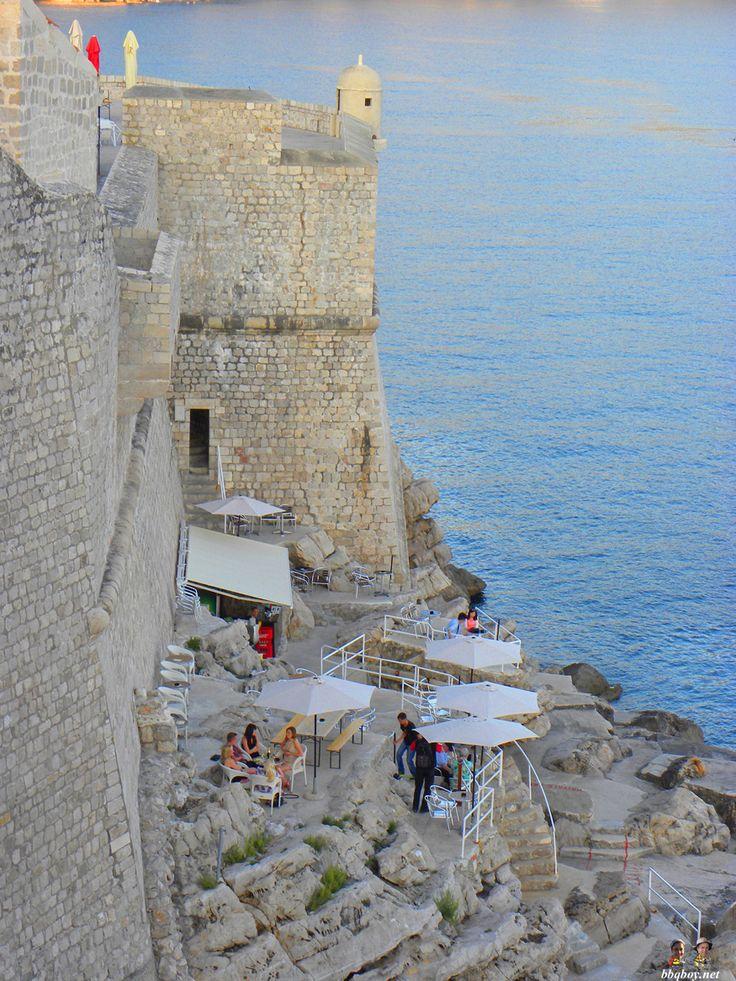 Bar in Dubrovnik, Croatia. More: http://bbqboy.net/highlights-lowlights-dubrovnik-croatia/ #dubrovnik #croatia