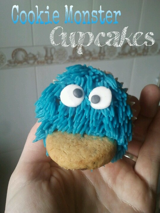 Cookie Monster Cupcakes!!