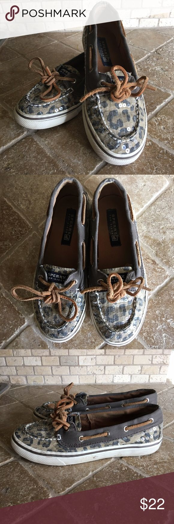 Girl's Sperrys Gently Used animal print Sperrys with sequins. Sperry Top-Sider Shoes Moccasins