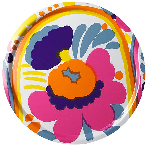 Marimekko's Karuselli tray features a lovely flower pattern in vibrant colours, created by the Japanese designer Katsuji Wakisaka in 1973. The round tray is made of laminated birch plywood, and its diameter measures 46 cm.