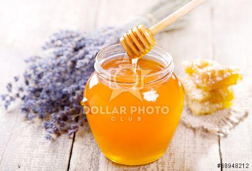 https://pl.dollarphotoclub.com/stock-photo/jar of honey with honeycomb and lavander flowers/68948212Dollar Photo Club - miliony zdjęć stockowych w cenie 1$ każde