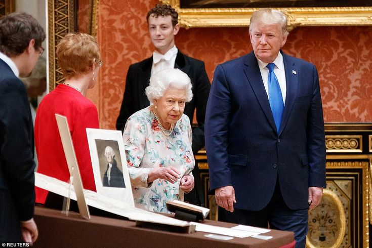 Trump praises the Queen at lavish Buckingham Palace State Banquet