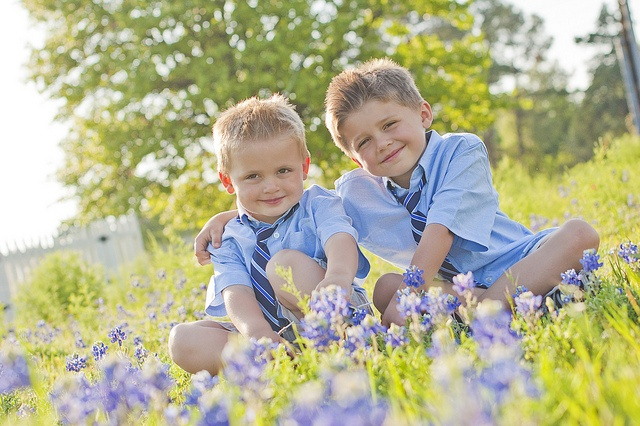 tx bluebonnets | easter. Must get a pic of the boys in the bluebonnets since I never got one before!