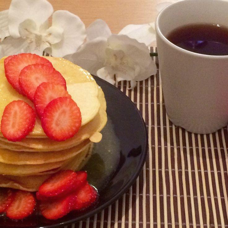 Orange kissed pancakes whith a buttery orange glaze.