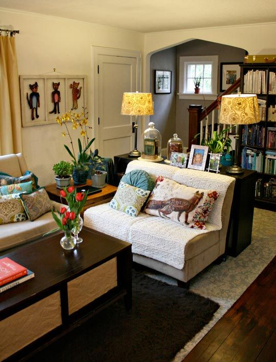 Creative Living Room Design On Budget: Shelley & Reed's Creative Cottage