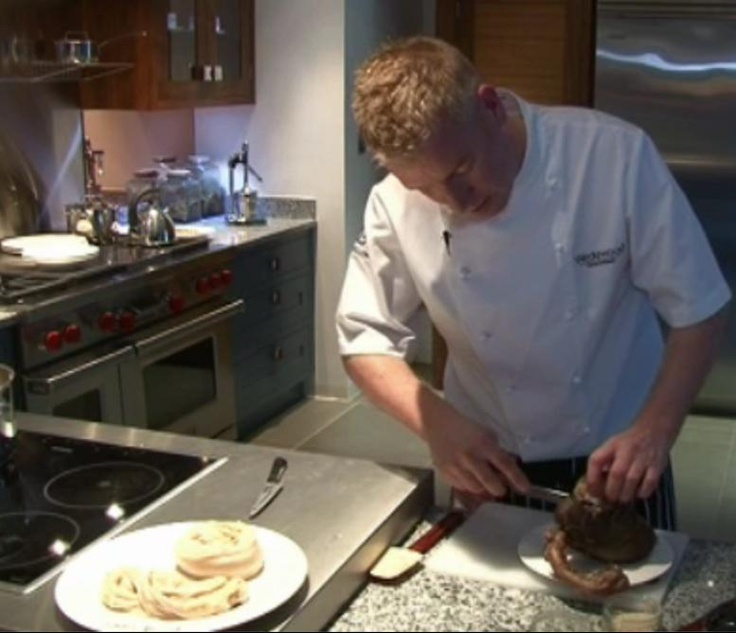 So, how do you make haggis from scratch? Click the image to watch award winning Edinburgh chef Paul Wedgewood show you. [Not for vegetarians.] #food #burnsnight #burns