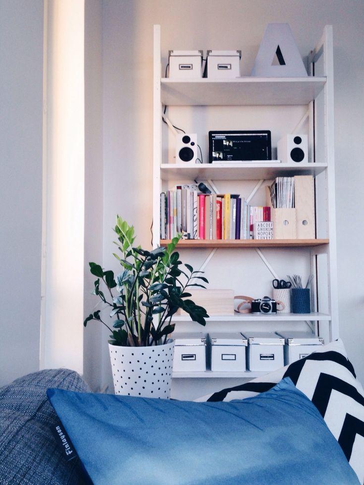 Lundia Classic bookshelf