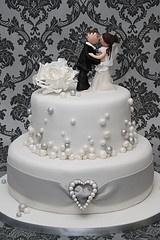 ... Hochzeit - Kuchen  Pinterest  Kuchen, Hochzeitstorten und Lila