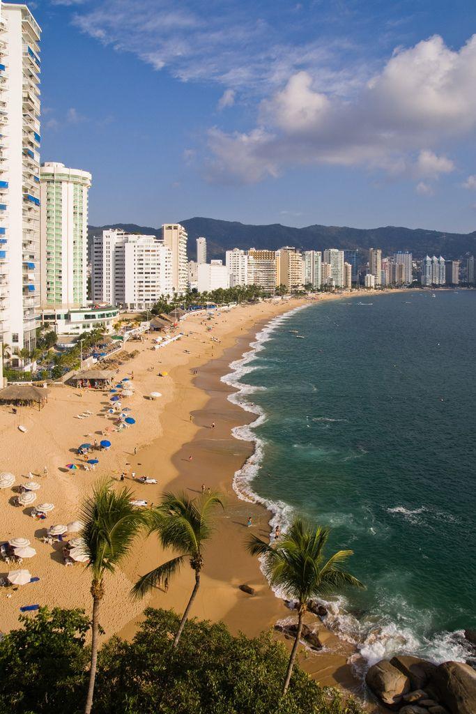 ¿Conoces #Acapulco? La #PerlaDelPacifico enamora a los #turistas de todas partes del mundo.