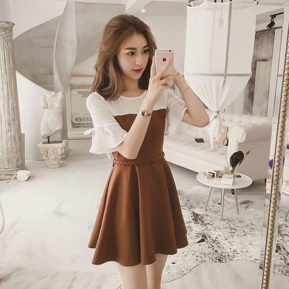 2017 여름 새로운 새로운 도착 느슨한 스티치 쉬폰 드레스 여성 기질은 얇은 스피커 소매 짧은 스커트되었습니다