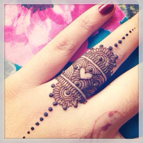 Gorgeous Mehndi Ring, via Me gusta  #Desi