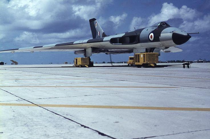 Avro Vulcan B2 XL426 617Sqn, RAF Gan, 1972