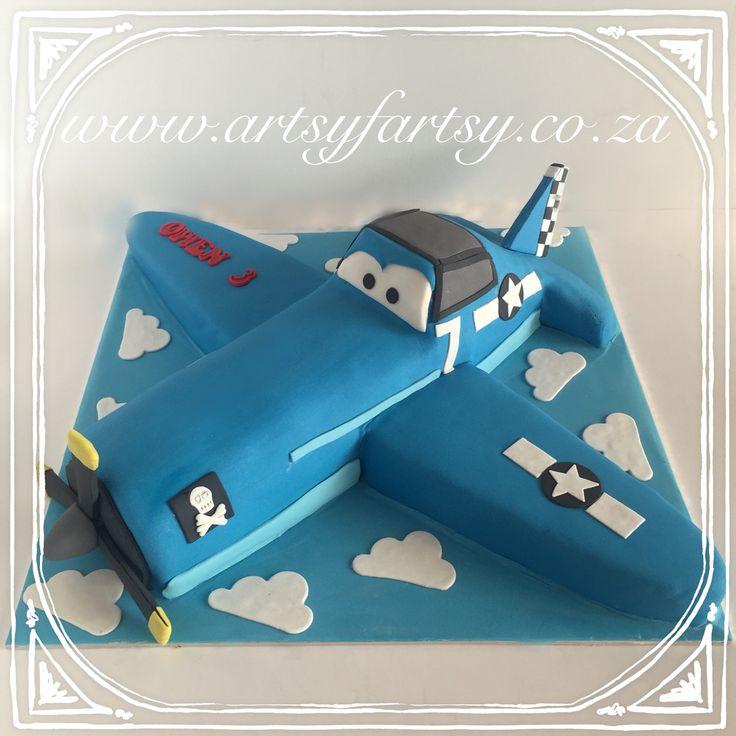 Disney's Planes's Skipper Cake #disneysplanescake #skippercake