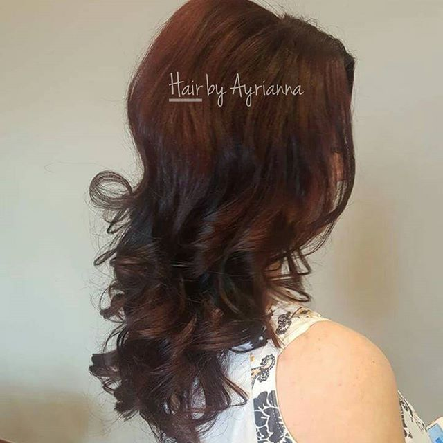 Hair by Ayrianna!    Beautiful cherry cola color with the perfect curls for a night out on the town!    Ayrianna has a color appointment available today at 2!! Call now! 403-314-1933    @euforainternational  @schwarzkopfcan    #reddeerhairsalon #reddeerhairstylist #reddeersalon #totallyrefreshedsteamandspa #totallyrefreshed #schwarzkopf #hairstylist #eufora