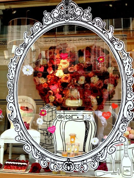 ✕ Parisian Window (Fleaing France) / #paris #window #shop