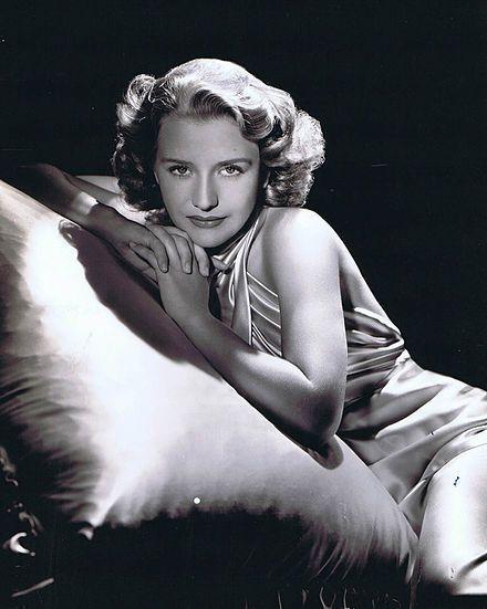 Priscilla Lane 1939.jpg